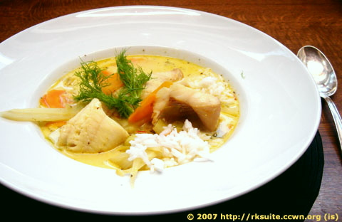 Fischsuppe mit Möhren und Fenchel