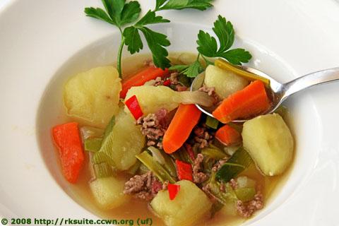 Kartoffel-Lauch-Süppchen mit Hackfleisch