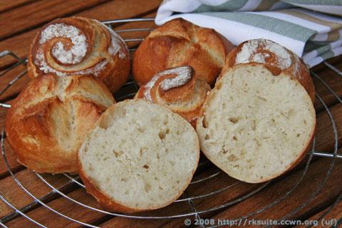 Bäcker Süpkes DDR-Brötchen (2. Versuch)
