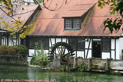 Blautopf mit Mühle