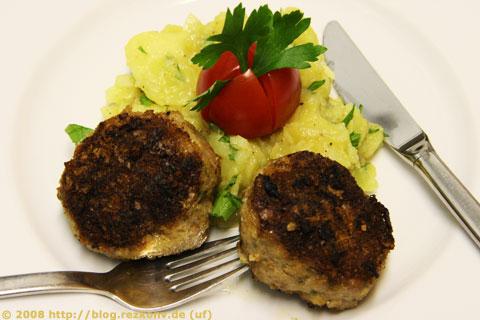 Fleischküchle mit schwäbischem Kartoffelsalat