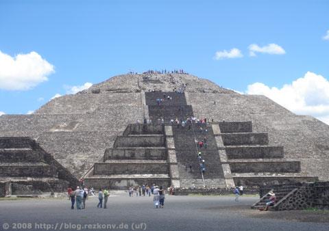 Sonnenpyramide von Teotihuacán in Mexiko