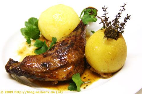 Gänsekeulen Normandie mit Thymianäpfel und Kartoffelknödel