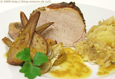Schweinerücken mit Birnensauce und Stampfkartoffeln